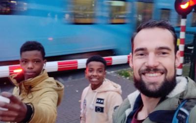 Fotospeurtocht voor jongeren uit vlucht situaties