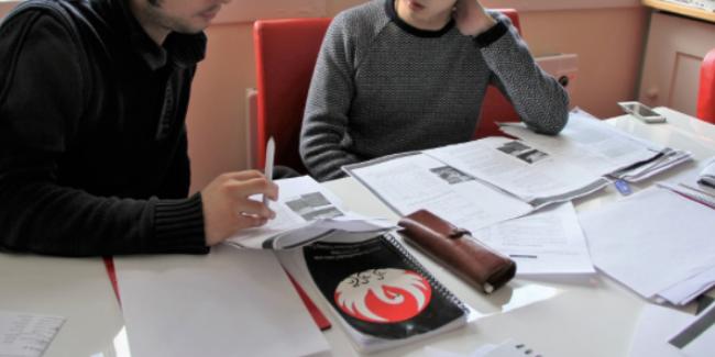 Alkmaar Taal Thuis helpt met taalles aan nieuwkomers